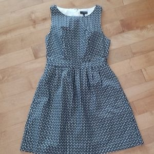 The Limited Black/White Triangle Pattered Dress 4